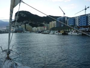 In Gibraltar wird noch kurz aufgetankt.
