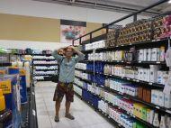 Und ein Flash im Supermarkt. Welch ein Chaos, von allem so viel!!!