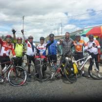 Es ist Feiertag und eine Radlgruppe aus Pasto ist unterwegs.